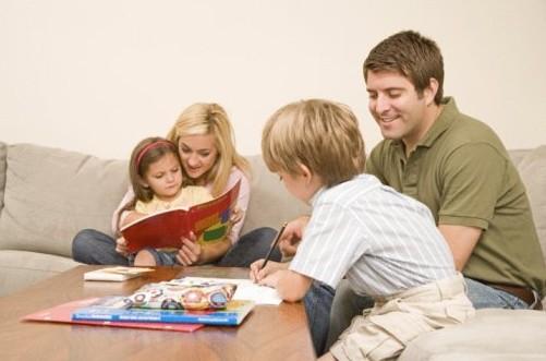 家庭教育_西方家庭教育vs中国家庭教育差异大比拼-新闻-我要搜学网