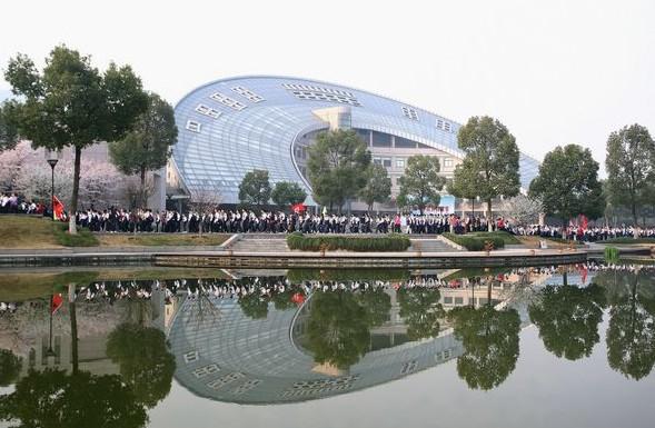 杭州外国语学校2.jpg