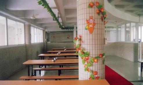 江南实验学校2.jpg