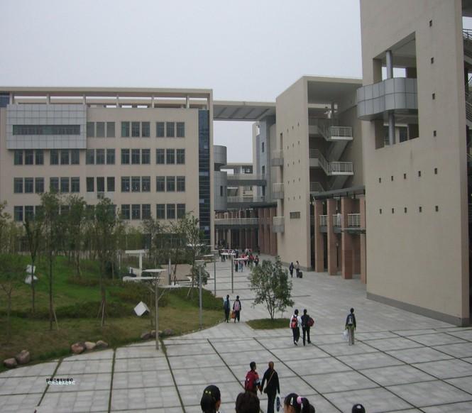 江南实验学校5.jpg