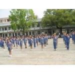东莞企石镇新域学校周末不让学生用体育设施