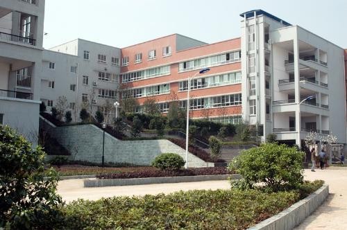 重庆市龙门浩职业高级中学相册
