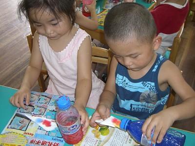 小孩手绘图学校