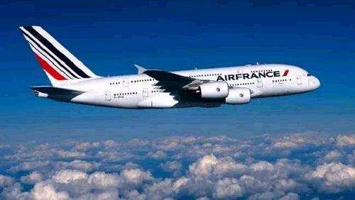 想设计飞机,入读法国航空学院
